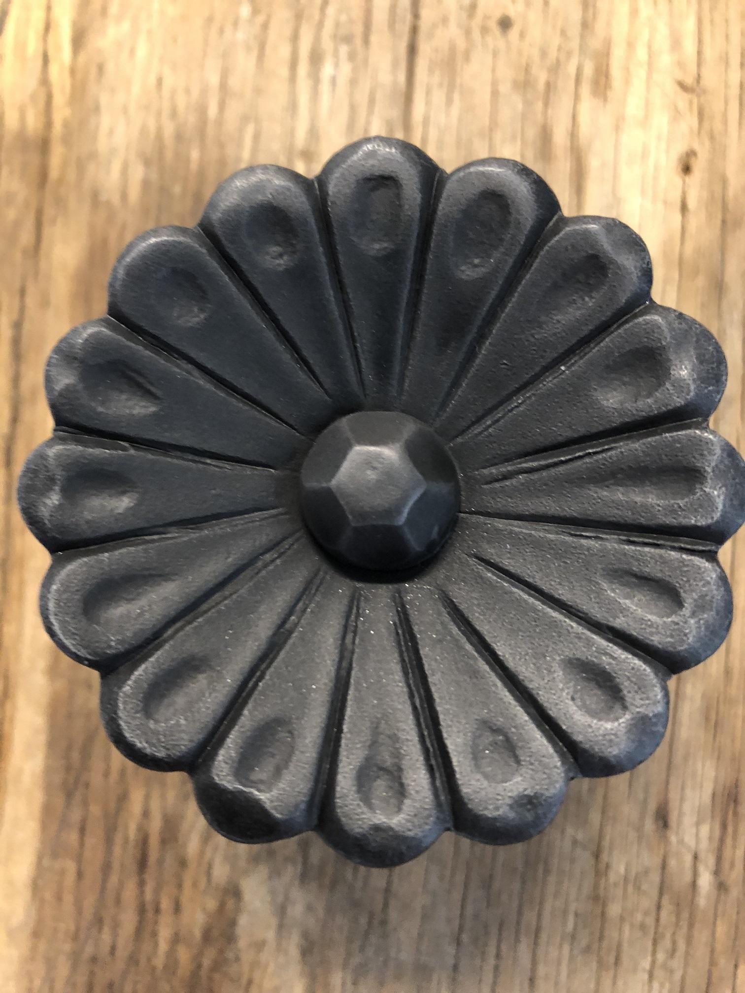 Deur Kast Knop Flower Metaal Zwart Prachtig Ontwerp Nog 2 Handgemaakteu