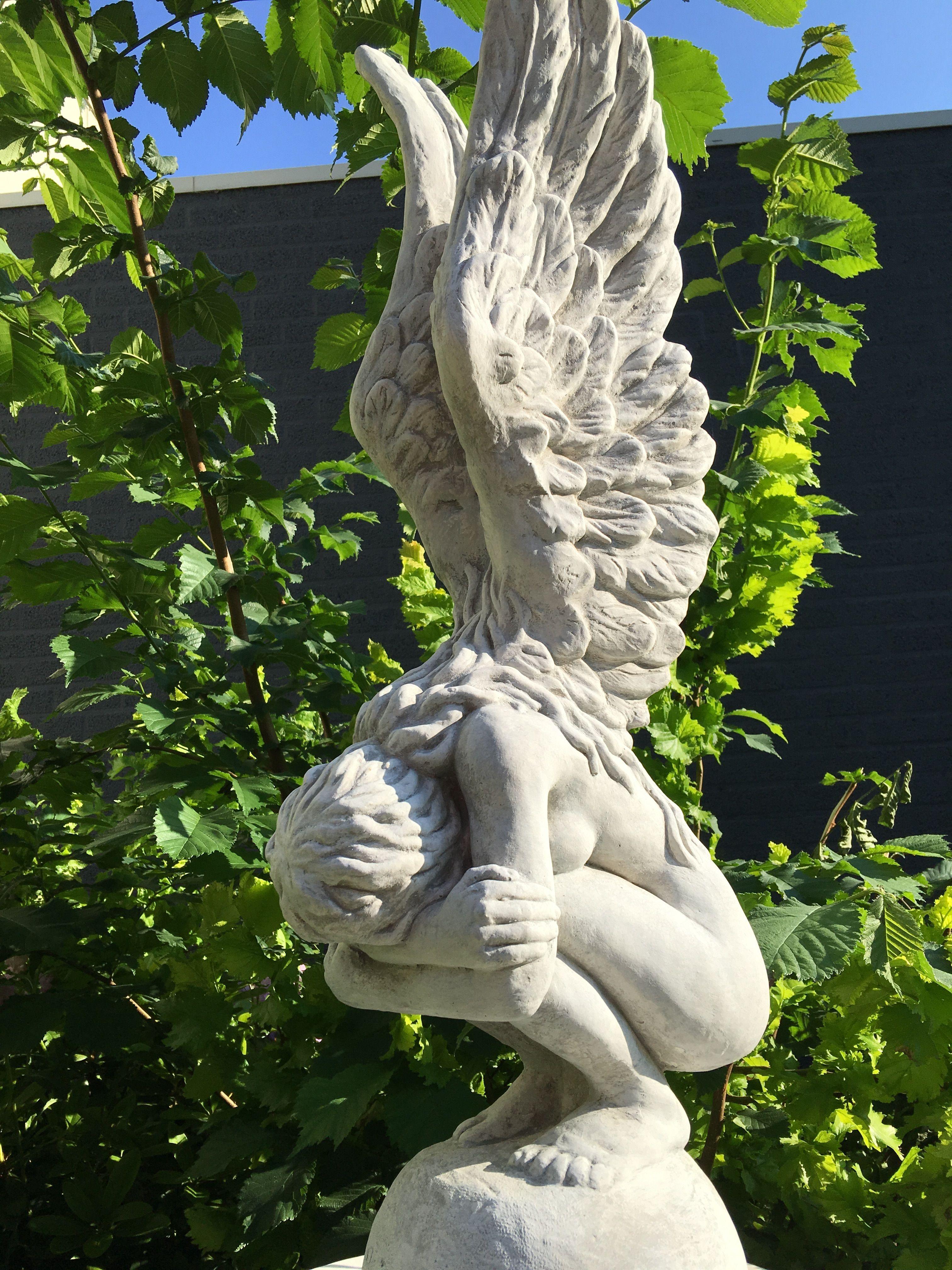 Knielende engel met vleugels omhoog mooi stenen beeld handgemaakt eu for Tuin decoratie met stenen
