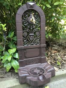 Tags tuin fonteinen muur fonteinen rond de eeuwwisseling in landelijke stijl art nouveau - Buiten muur kraan decoratieve ...